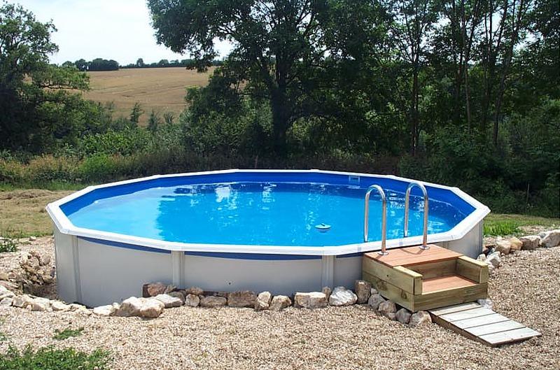 Ferme fermette ranciat louer dans creuse pour 4 for Prix piscine creuse